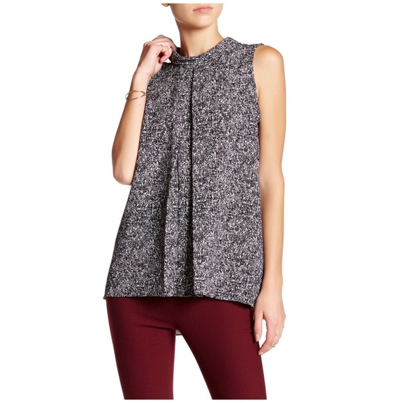 Vince Camuto Tops - VINCE CAMUTO SLEEVELESS MOCK NECK KNIT BLOUSE